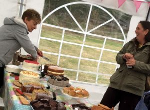 capel16-cake-stall